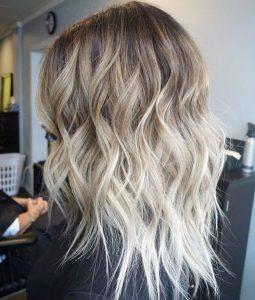 Затемнение прикорневой зоны волос